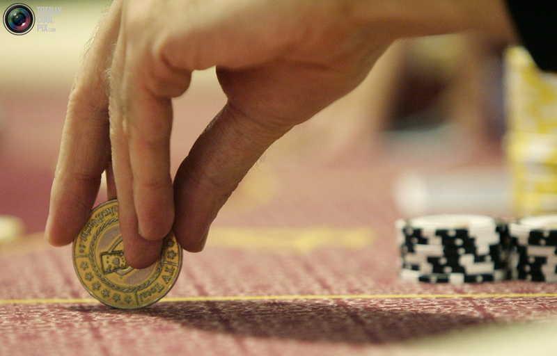 казино в азове
